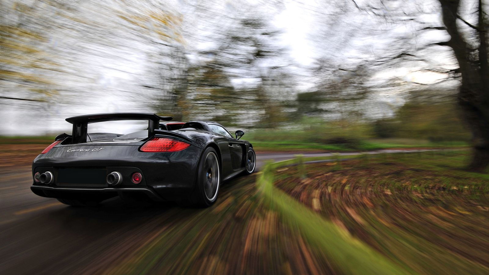 Your Ridiculously Cool Porsche Carrera Gt Wallpaper Is Here Porsche Carrera Porsche Carrera Gt Porsche