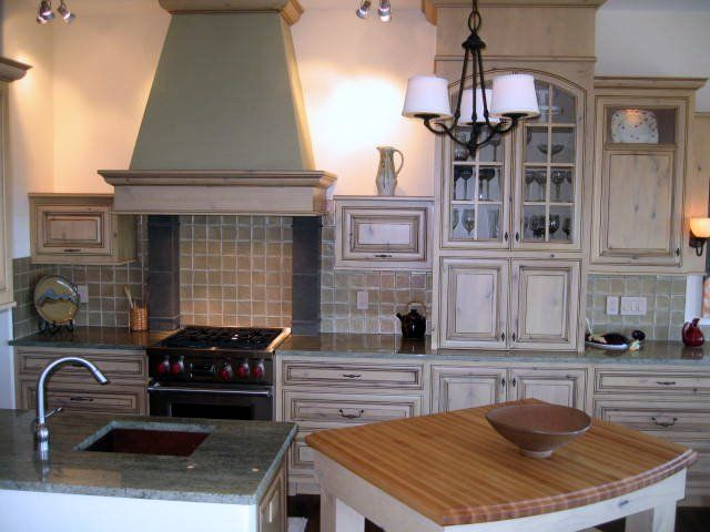 Traditional Kitchen. Cabinets by Jeff Kern - Jaymark ...