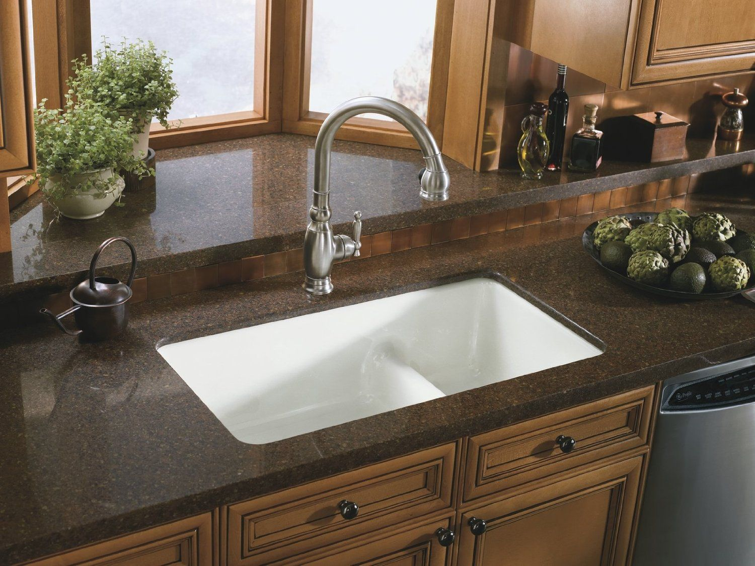 Dark Brown Granite Kitchen Countertop Combined With Ceramic White Undermount Sink Granite Countertop With Sink Combination Options Cast Iron Kitchen Sinks Sink Countertop Undermount Kitchen Sinks