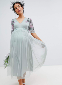76838d443d The perfect maternity bridesmaid dress! Just because you re pregnant  doesn t mean you can t find a bridesmaid dress that makes you look and feel  good!