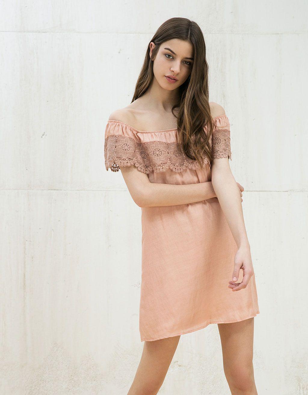 dc5fc3a4 Sukienka z odkrytym dekoltem z gipiury | CLOTHES | Vestidos, Vestido ...