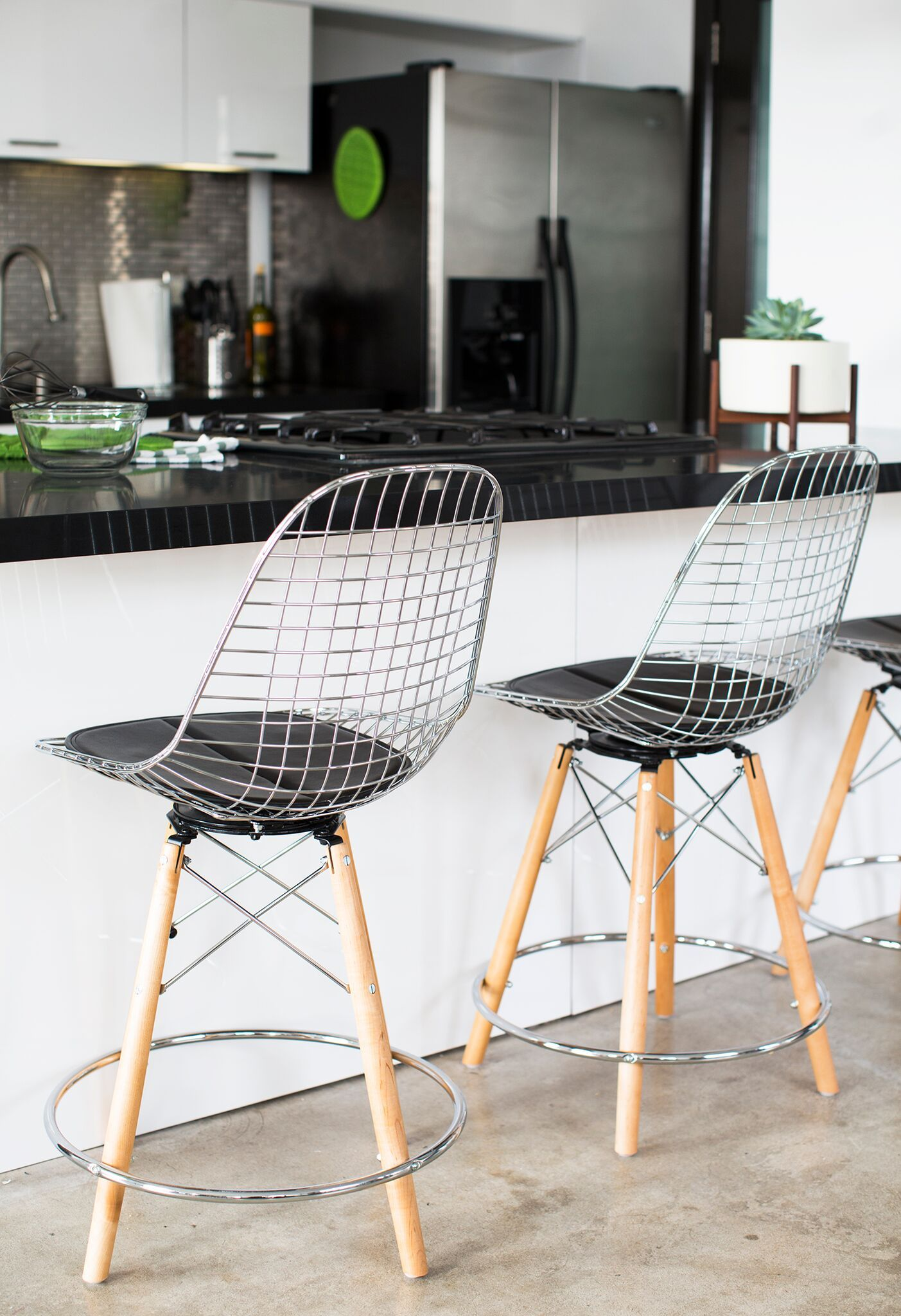 Modernica Case Study Eiffel Tower Wire Chair