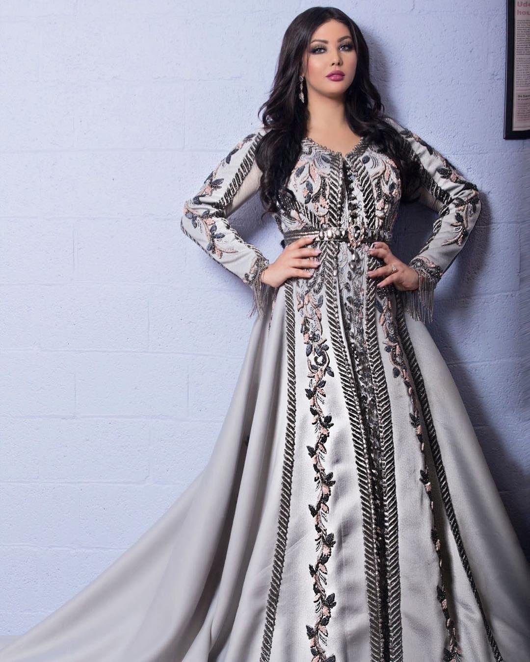 Ibtissam Tiskat Ibtissamtiskatofficial Instagram Photos And Videos Moroccan Dress Abaya Fashion Formal Dresses