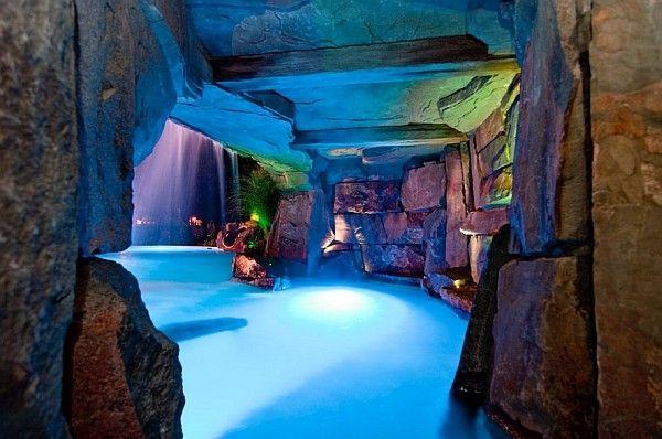 A Perfect Pool Waterfall Idea For Those Who Love Sleek Minimalism Decoist Pool Waterfall Swimming Pool Landscaping Swimming Pool Waterfall