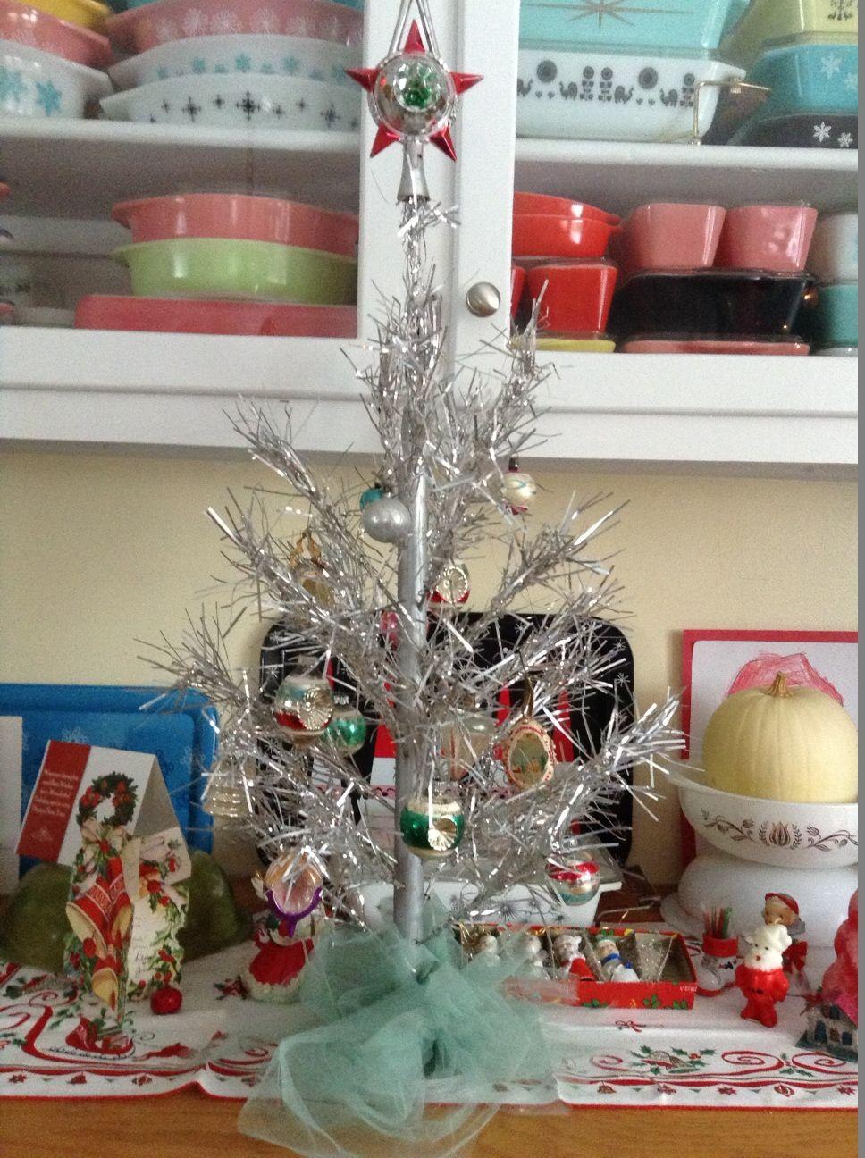 Tinselmania 221 vintage aluminum Christmas trees