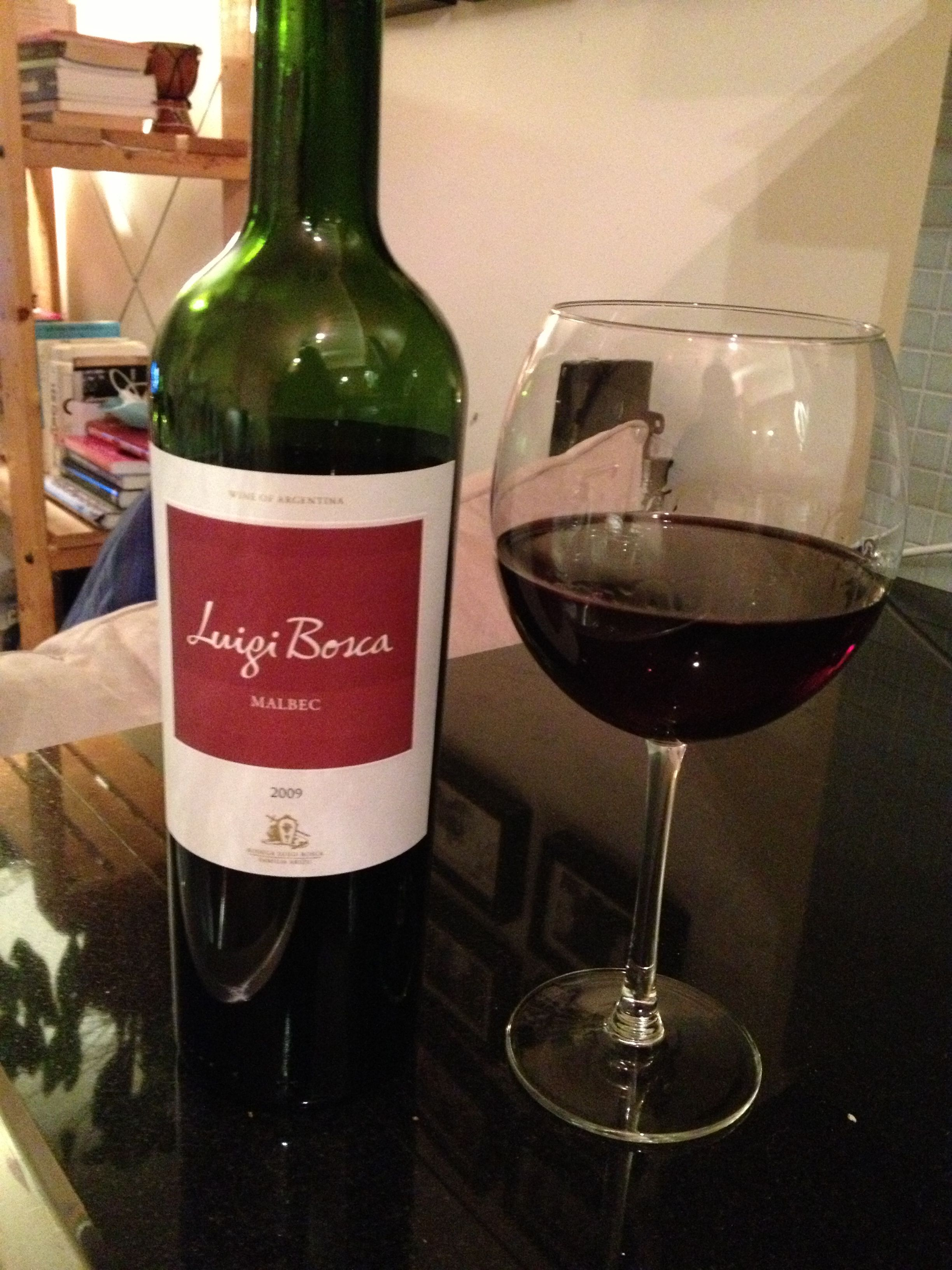 Luigi Bosca Malbec 2009 Malbec Wine Bottle Alcoholic Drinks