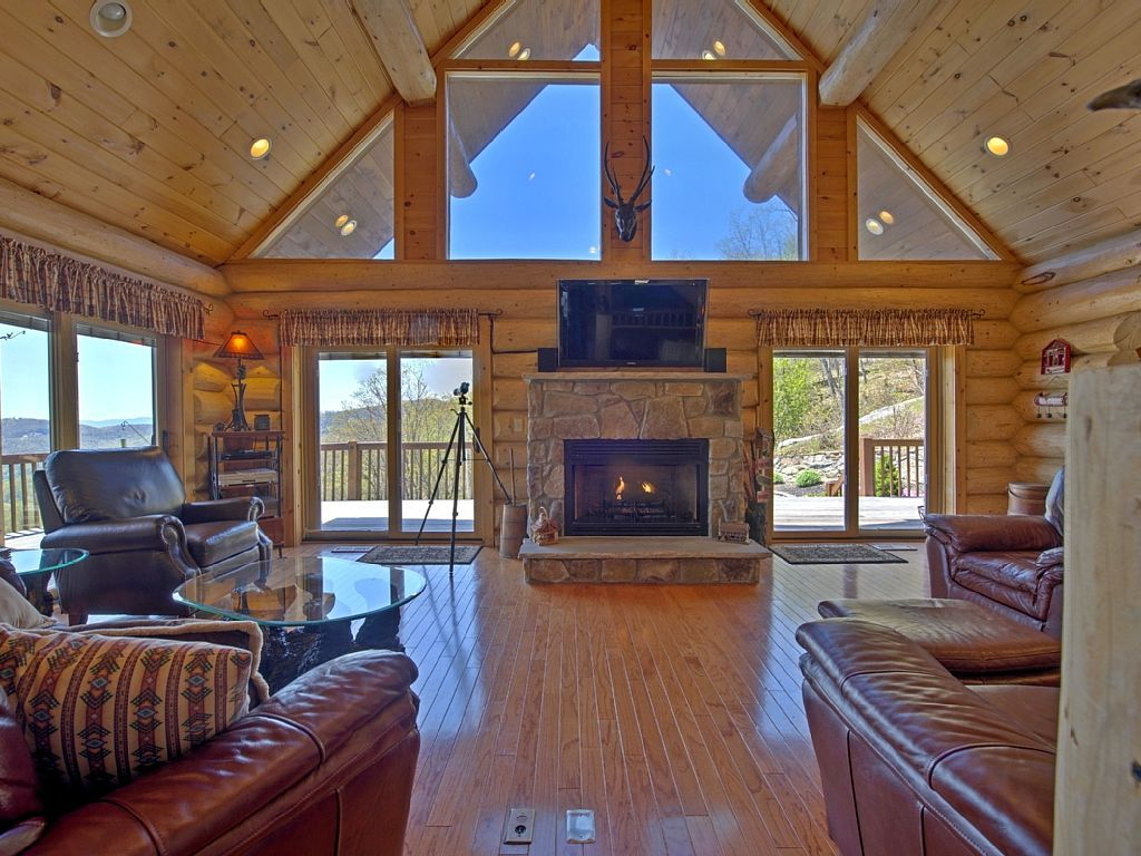 709489 stunning views with amazing hot tub in