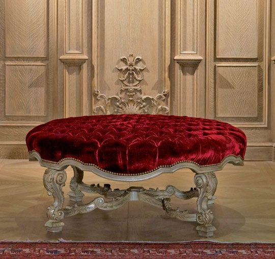 Die-klassischen-italienischen-Möbel-Provasi-samt-hocker Provasi - einrichtung aus italien klassischen stil