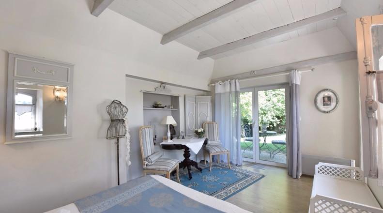 Chambre D Hotes Villa Les Pins Reference G423015 A Baigts De Bearn Pyrenees Atlantiques En 2020 Chambre Chambre D Hote Piscine Familiale