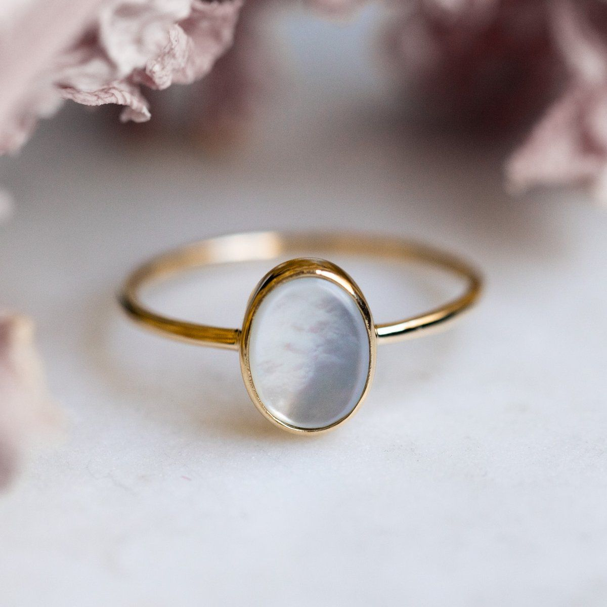 Solid Gold Mother of Pearl Slice Ring                      – local eclectic