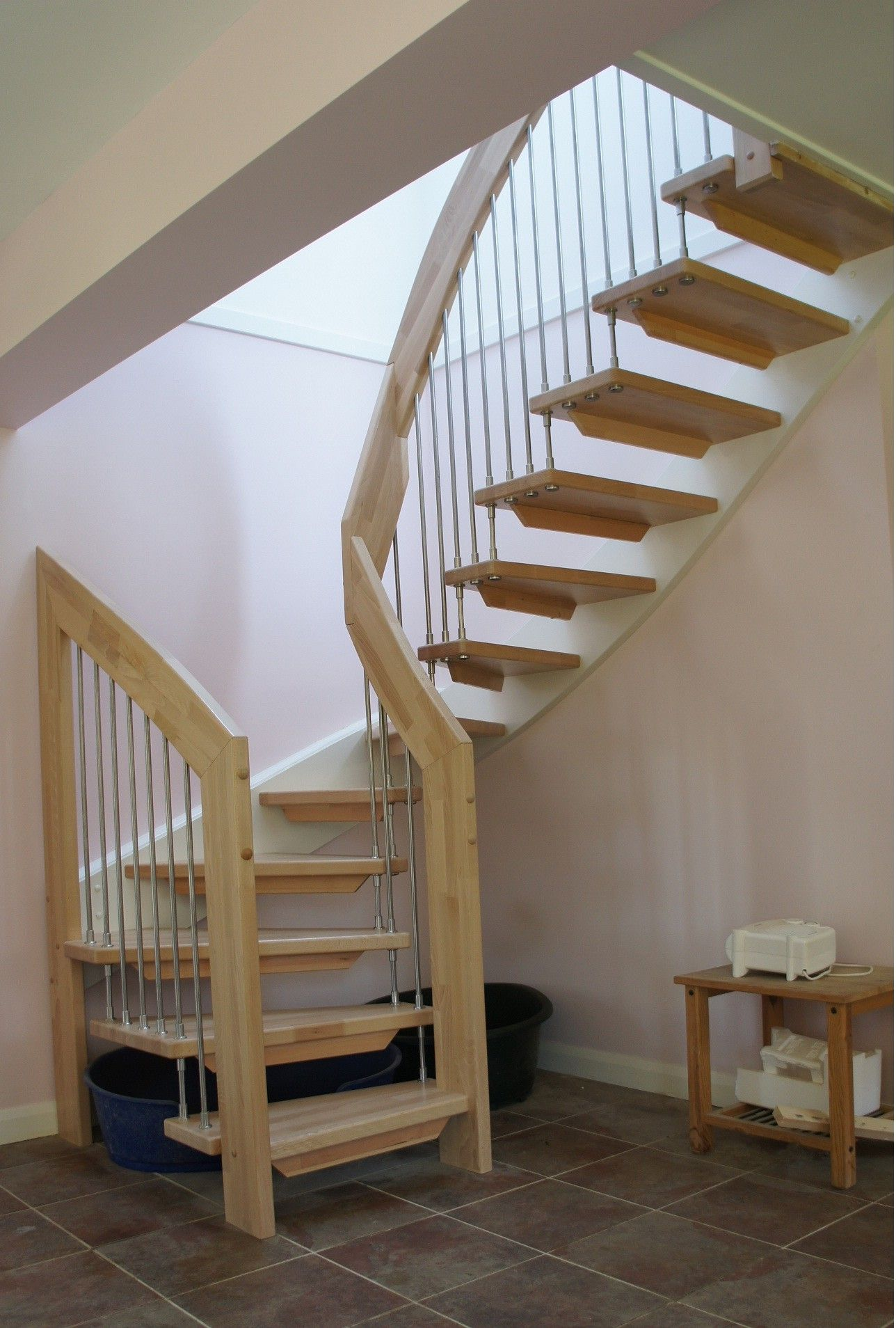 Simple Design Ideas Of Small Space Staircase With Brown Wooden Treads And Handrails Also Silver Color Small Space Staircase Circular Stairs Small Space Stairs