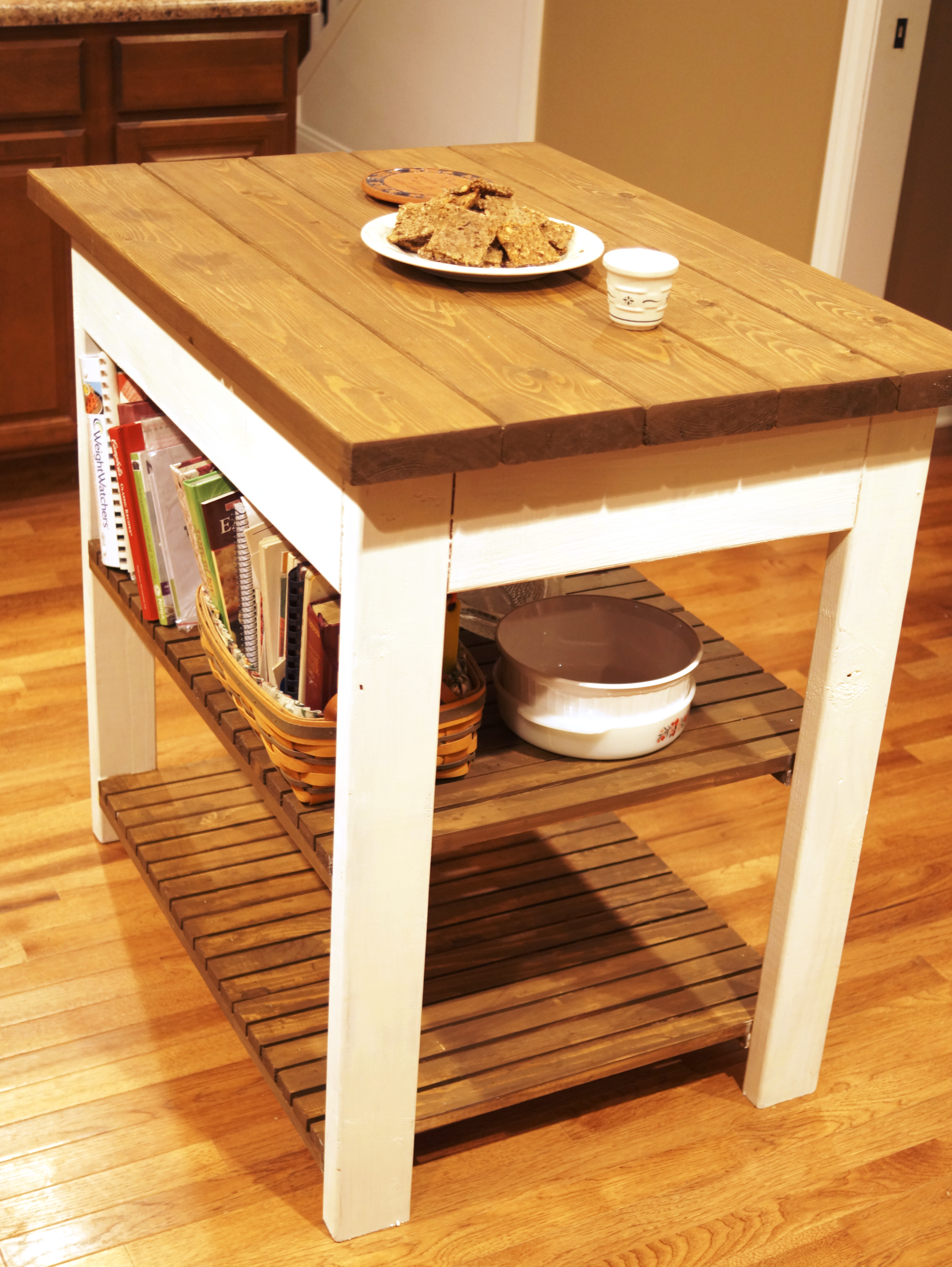 My Sister Needed A Kitchen Island, Giving Me A Great Christmas Gift Idea,  And An Excuse To Tackle Another Ana White Woodworking Plan.