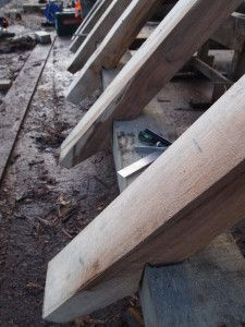 Traditional rafter feet