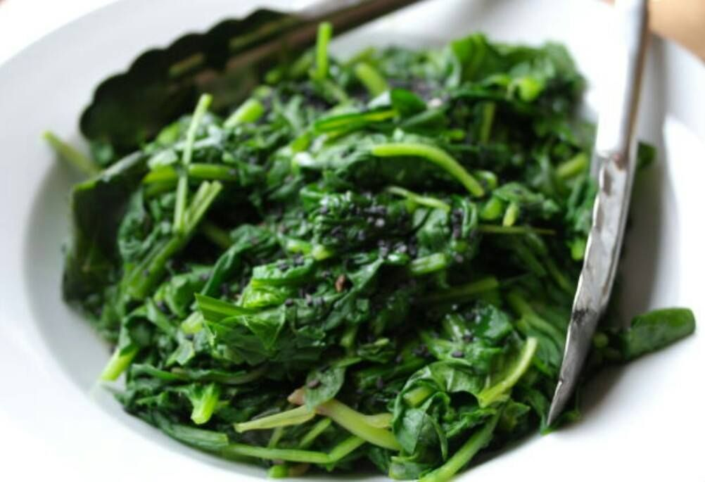 Spinach is a Powerfood Remember Popeye the sailor? How he used to flex his muscles after eating that green leafy powerfood? Popeye was right...