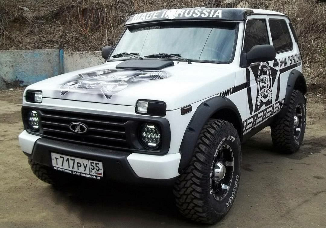 lada niva niva pinterest 4x4 offroad and cars. Black Bedroom Furniture Sets. Home Design Ideas