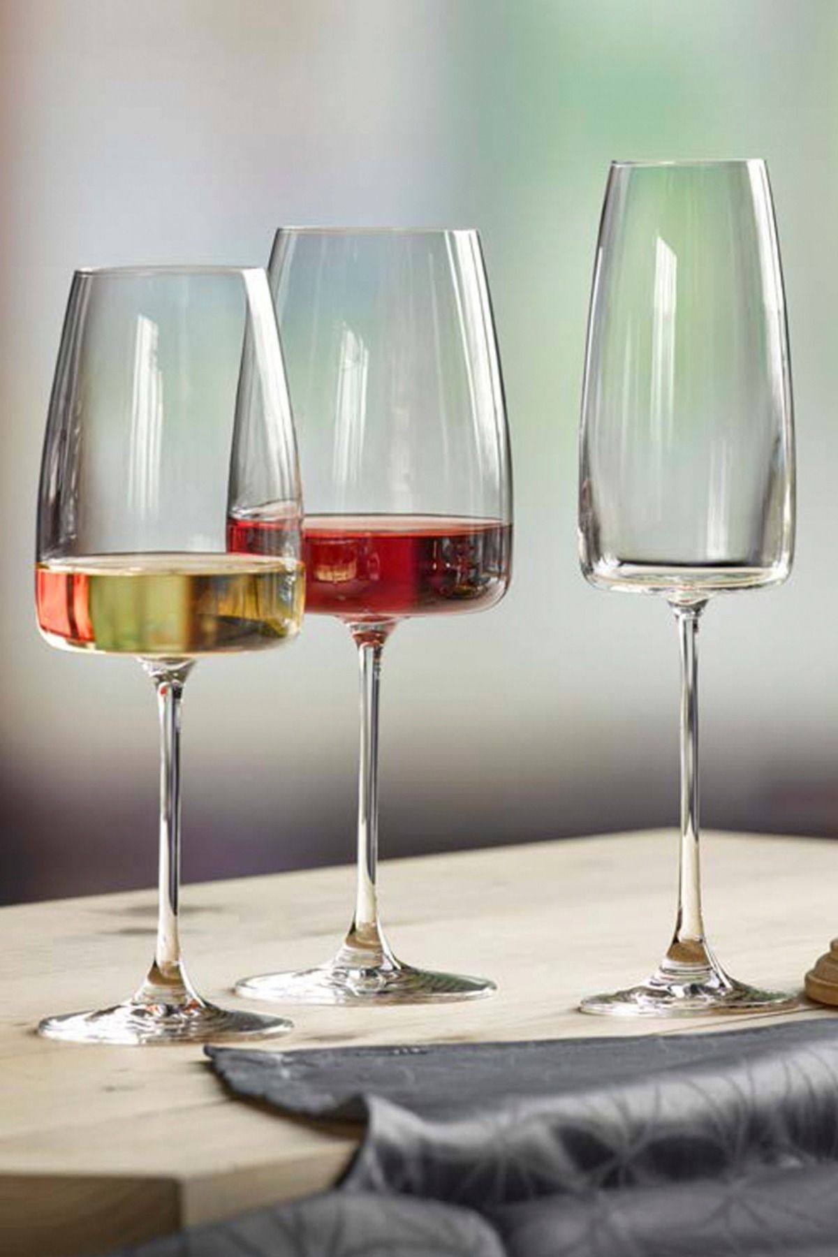 Verres à vin en cristallin | Verre a vin design, Verre à