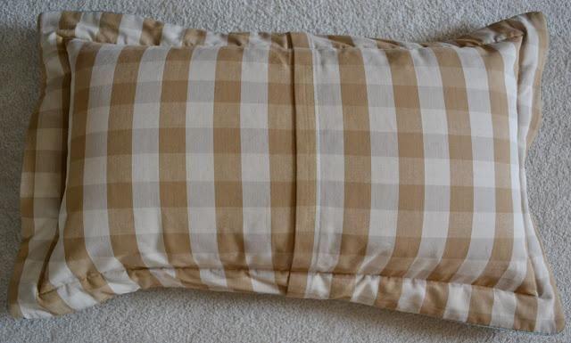 Diy Pillow Shams Diy Pillow Shams Site Has All Kinds Of Cute Pillows Diy Pillow Shams Diy Pillows Pillow Shams
