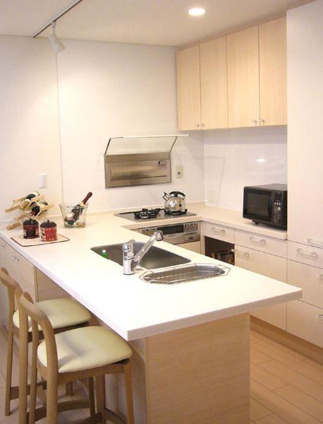 ベージュピンクで優しい雰囲気に En House オーダーキッチン L型