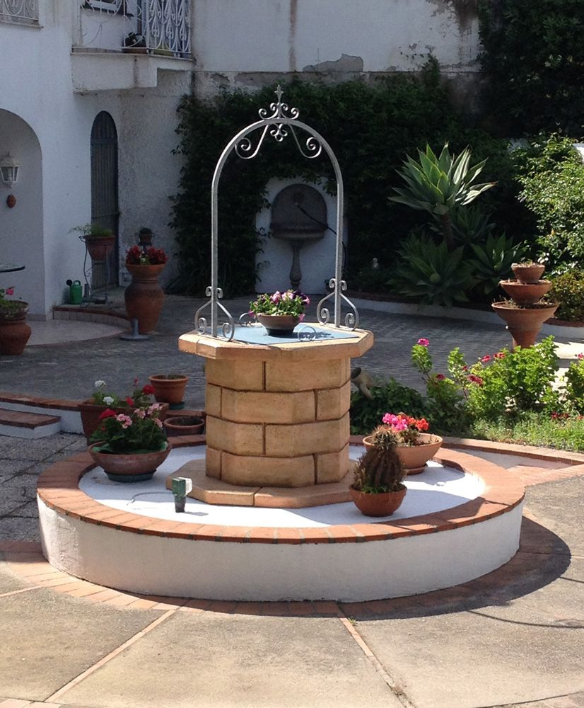 Pozzi Da Giardino In Pietra.Pozzo Decorativo Da Giardino Modello Pozzo 60 Colore Pietre Del