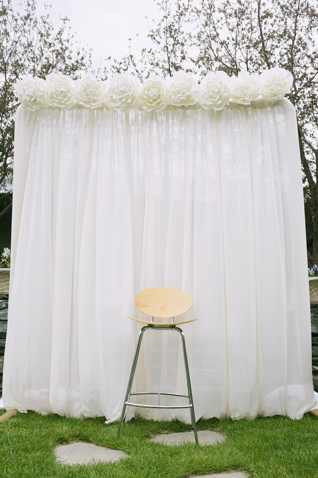 Simple, beautiful wedding background