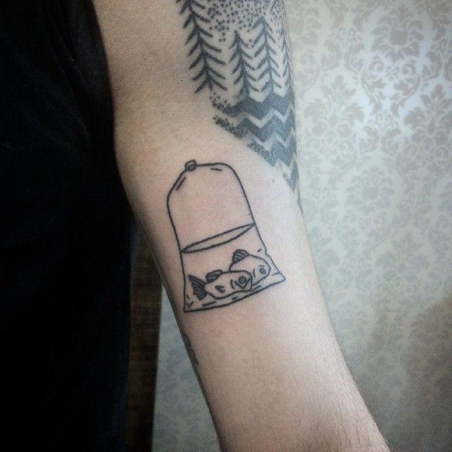 O desenho não é meu, mas achei dahora fazer essa tattoo. Sdds @inkonik_tattoo_studio ! Estou pra confirmar uma volta por Goiânia e Brasília. Em breve divulgo as datas. Beijos!