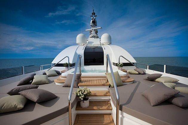 J'ADE SUPERYACHT BY CRN