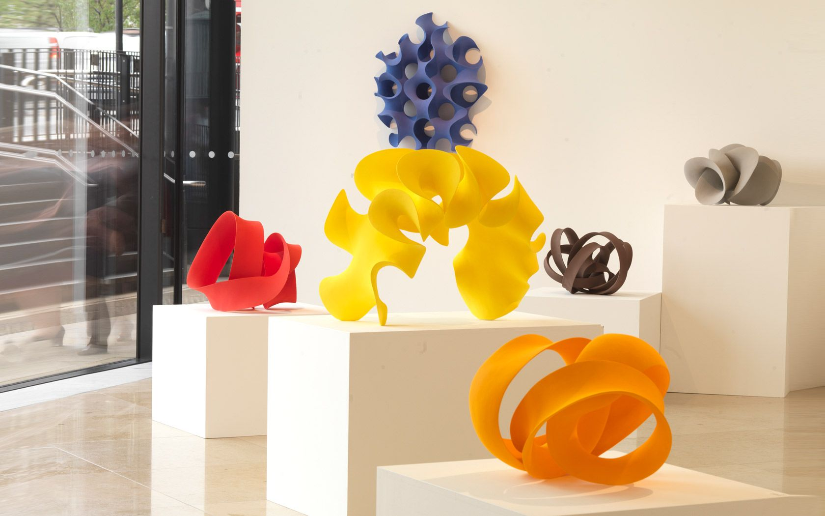 Installation view \'Sculptural Ceramics\' exhibition, courtesy of ...