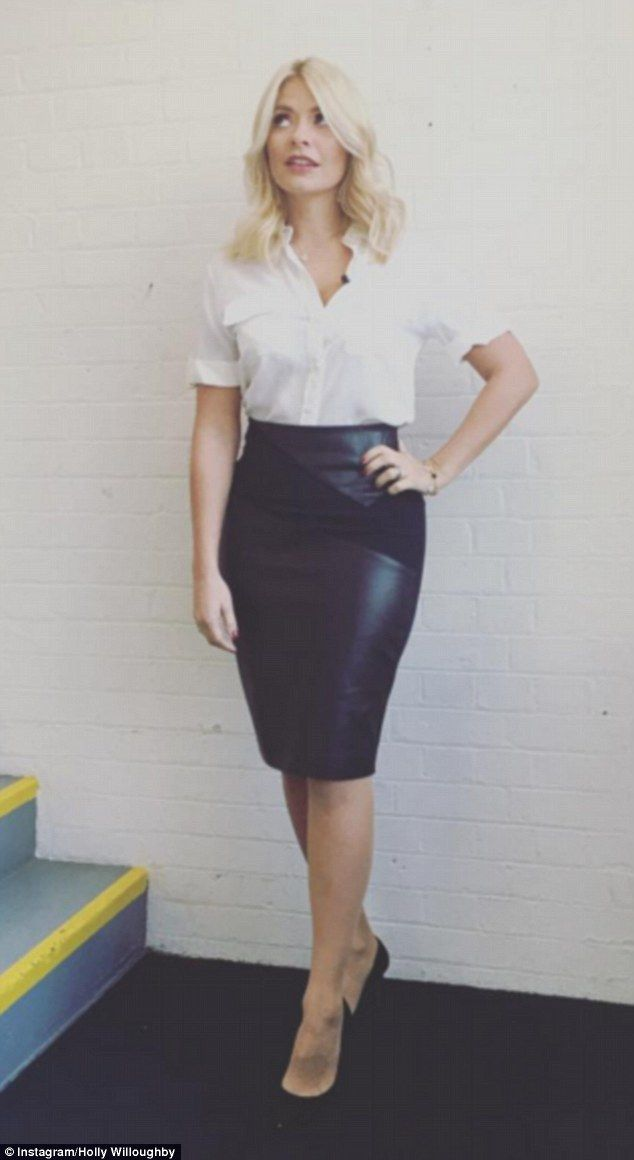 Are holly willoughby pussy flash