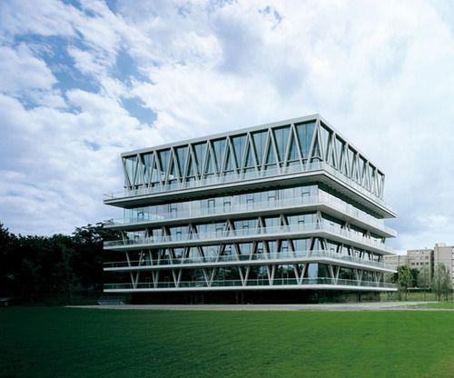 Modern Architecture Zurich structural gymnastics at christian kerez's leutschenbach school