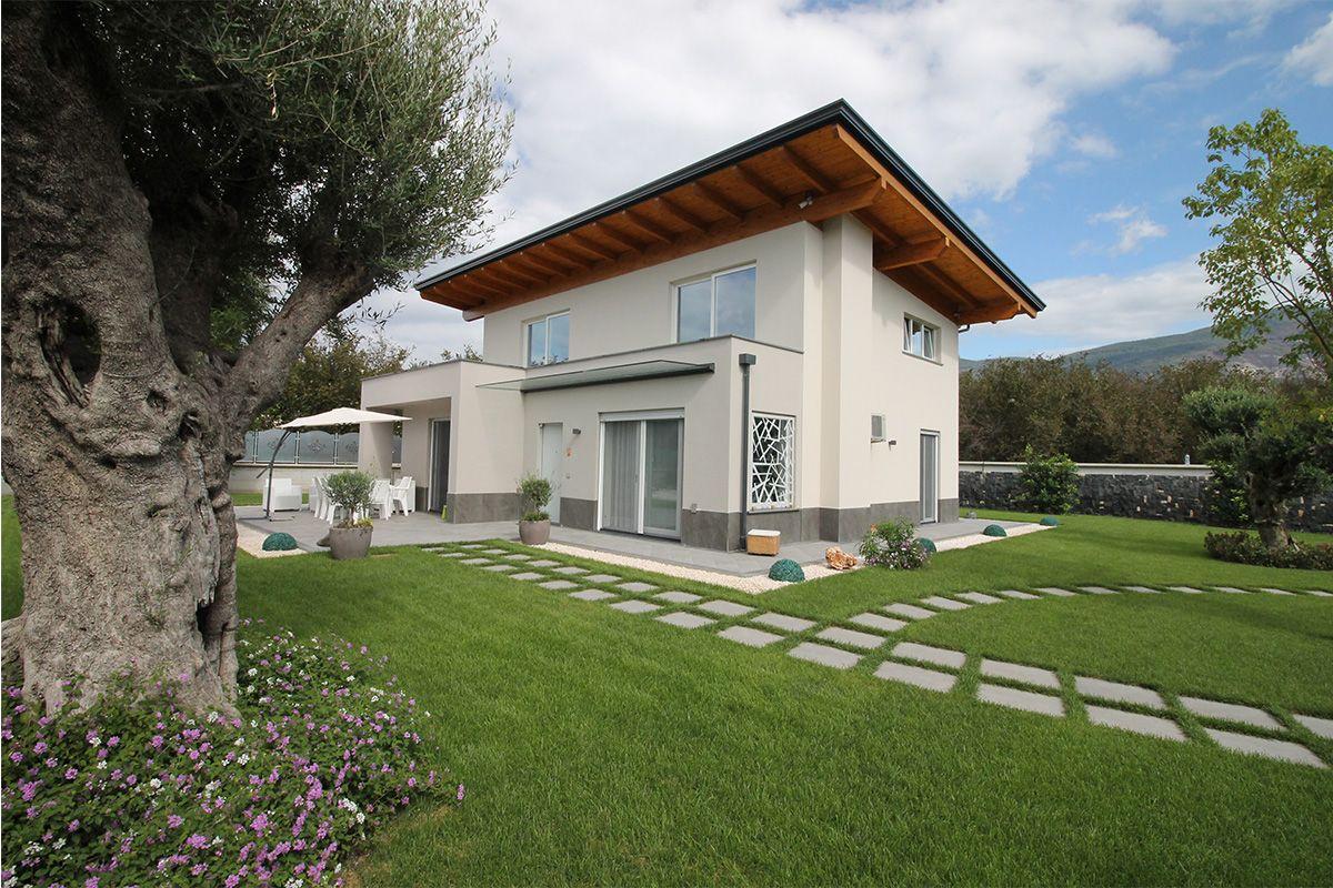 Tekla Porte E Finestre comfort e stile minimal per la villetta unifamiliare con
