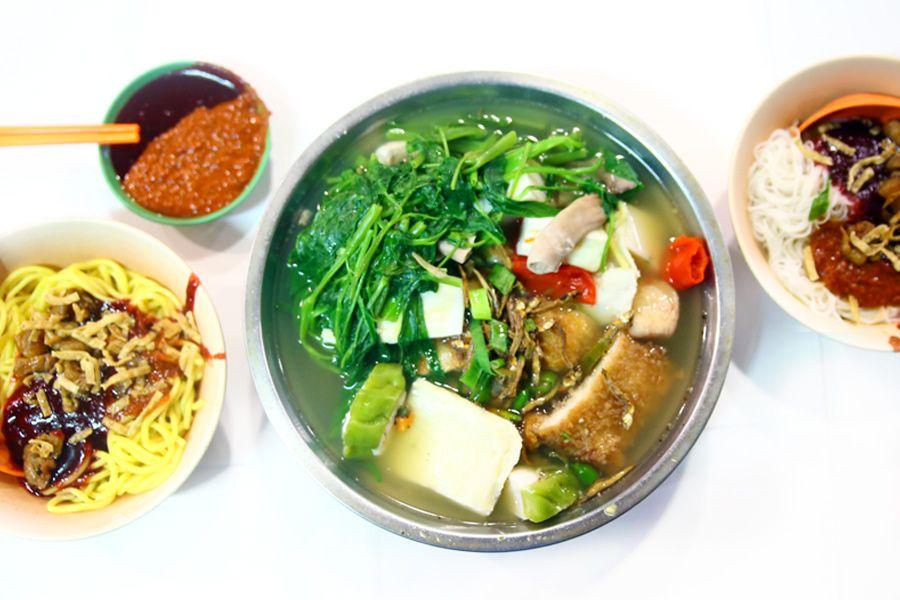 Soon Li Ytf Food Street Food Experiences Food Diary