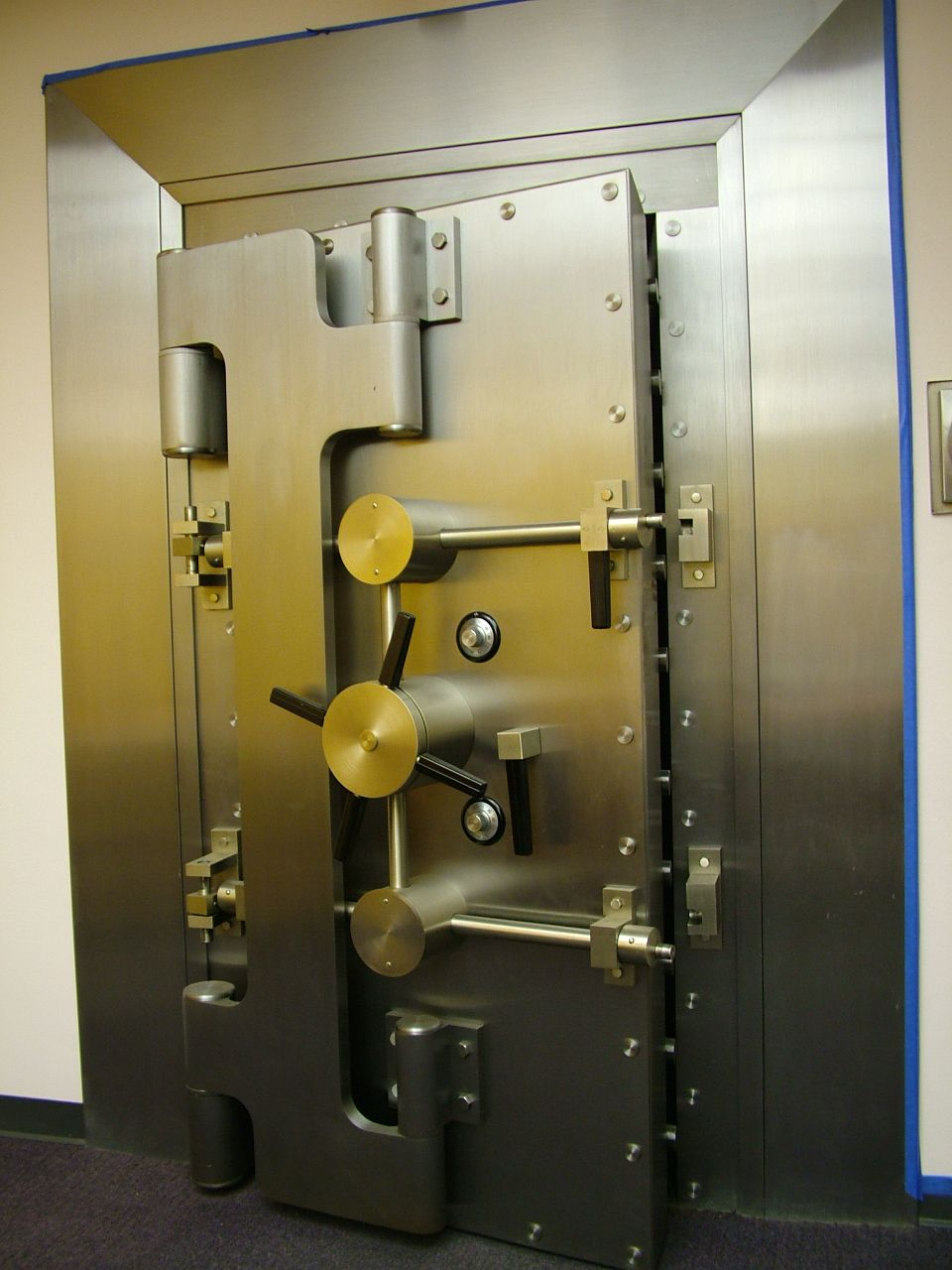 Later Diebold Crane Hinge Door Bank Vault Doors