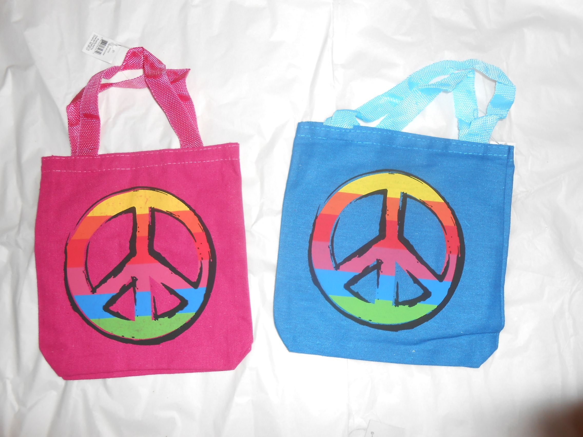 Peace Sign Wallpaper For Bedroom Peace Sign Backgrounds Wallpaper Downloads Easy Being Green