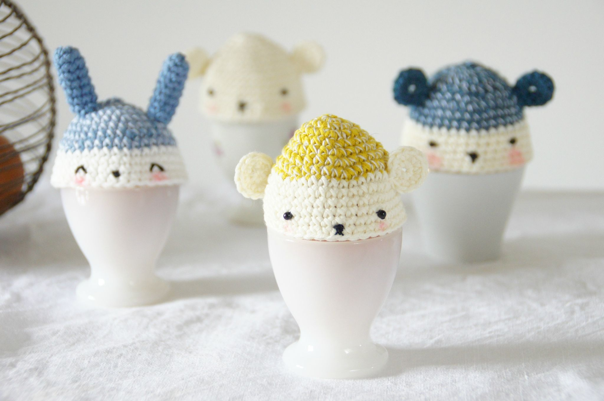 Free crochet pattern for egg cozies (in French) | haken to do ...