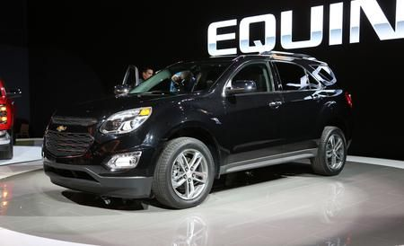 2016 Chevrolet Equinox Unveiled New Cosmetics And Gadgets Chevrolet Equinox Chevrolet 2017 Chevrolet Equinox