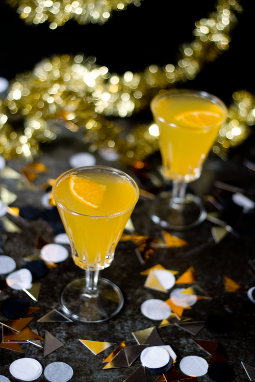New Year's Eve Drinks to Toast With When the Ball Drops ...