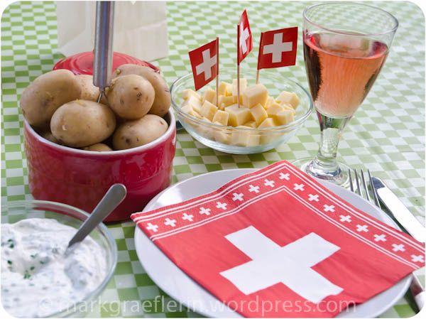Typisch Schweiz Gschwelldi un Chääs (mit Bildern