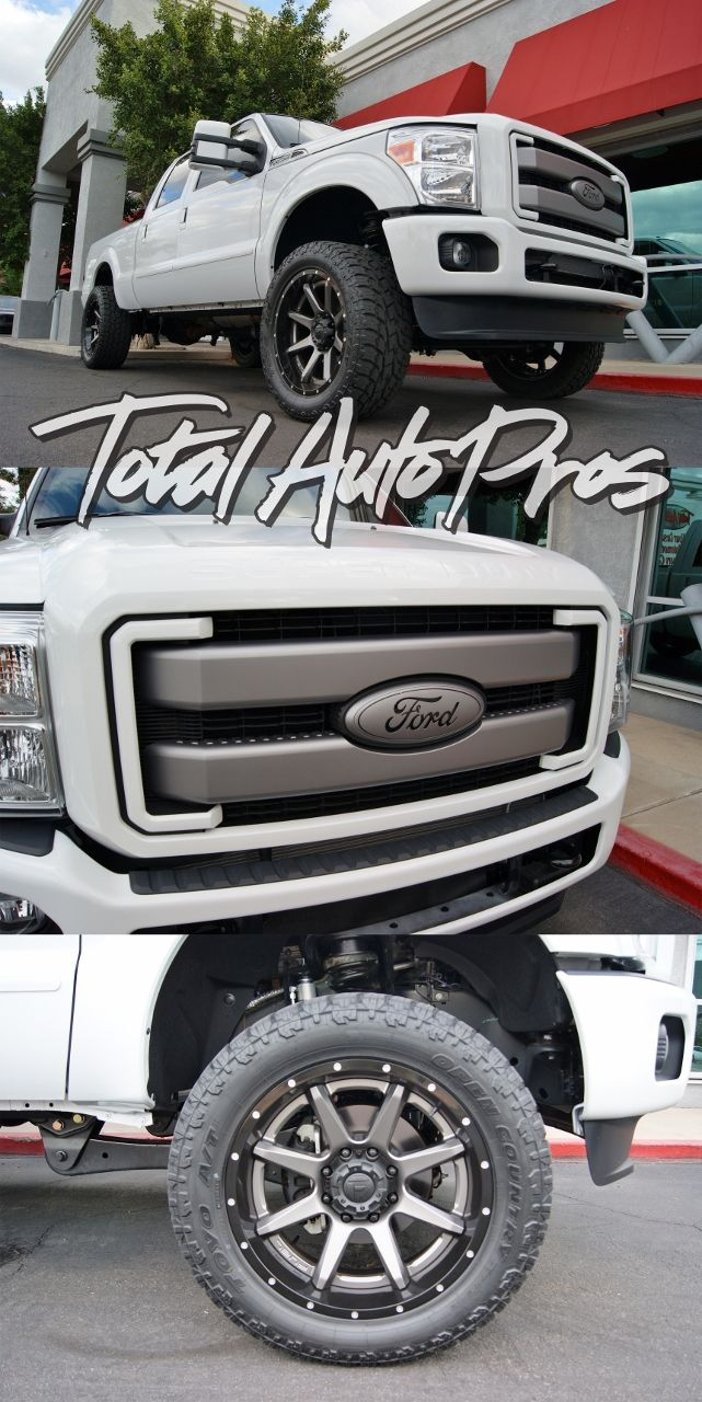 2015 Ford F250 White Lariat Lt325 50r22 Toyo Open Country Atii 22x10 Fuel Offroad Rampage 2 Piece Black Gunmetal Amp Research Ford Trucks Ford F250 Ford