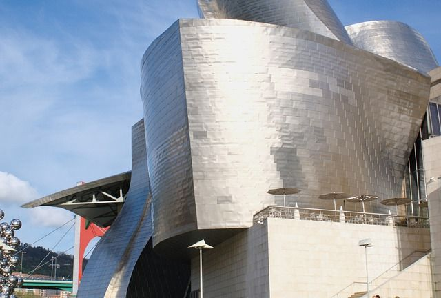 www.pd4pic.com images guggenheim-bilbao-architecture.jpg