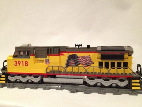 Union Pacific dash 9 3918: A LEGO® creation by Samuel Sims : MOCpages.com