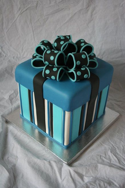 Gift Love The Dotted Bow Gift Box Cakes Gift Cake Cake