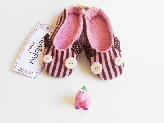 Toddler girl pink slippers shoes  Zlippers non slip by Zezling, €13.00