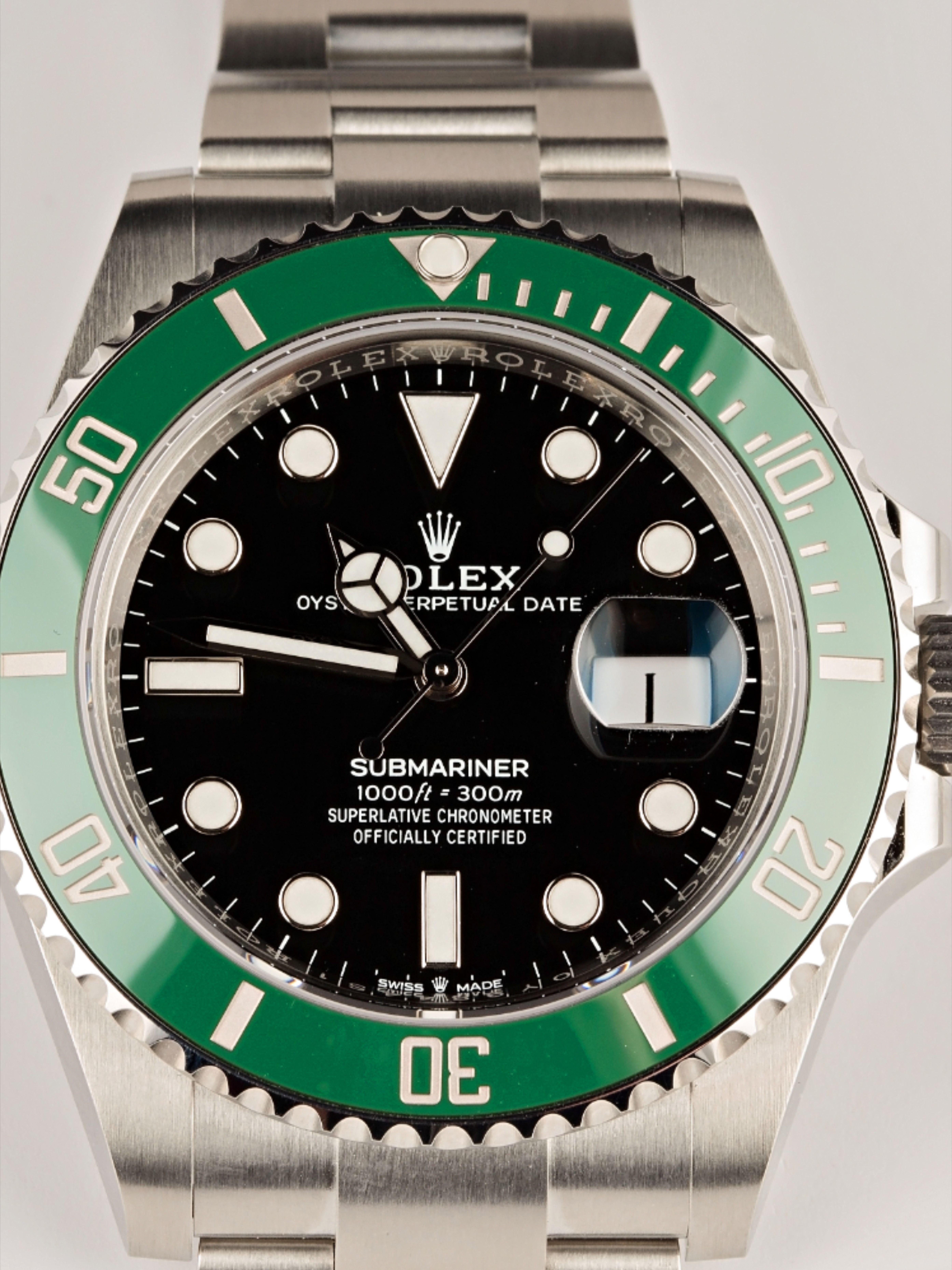 Rolex Submariner Date 126610lv Green Ceramic 41mm In 2020 Rolex Submariner Rolex Submariner Green Rolex Watches Submariner