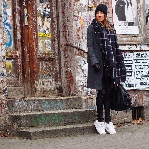 sneaker sunday sneakers berlin reebok classic white. Black Bedroom Furniture Sets. Home Design Ideas