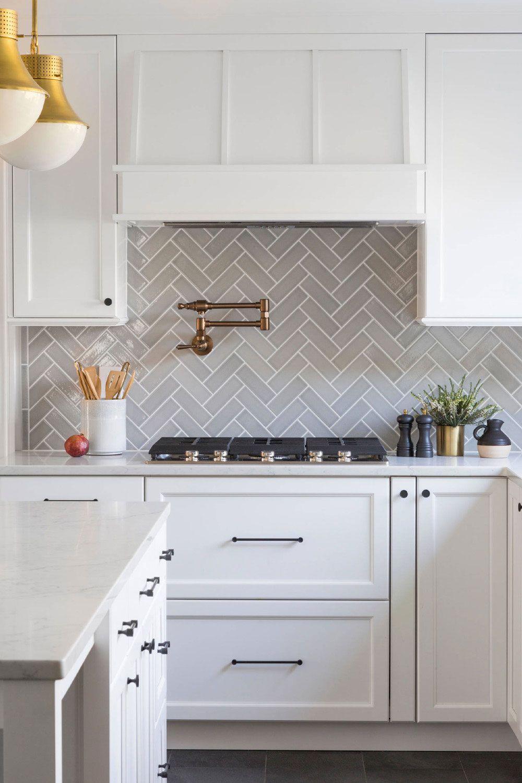 42 Colorfull Herringbone Backsplash Ideas Trendy In 2020 Kitchen Trends White Kitchen Design Grey Kitchen Designs