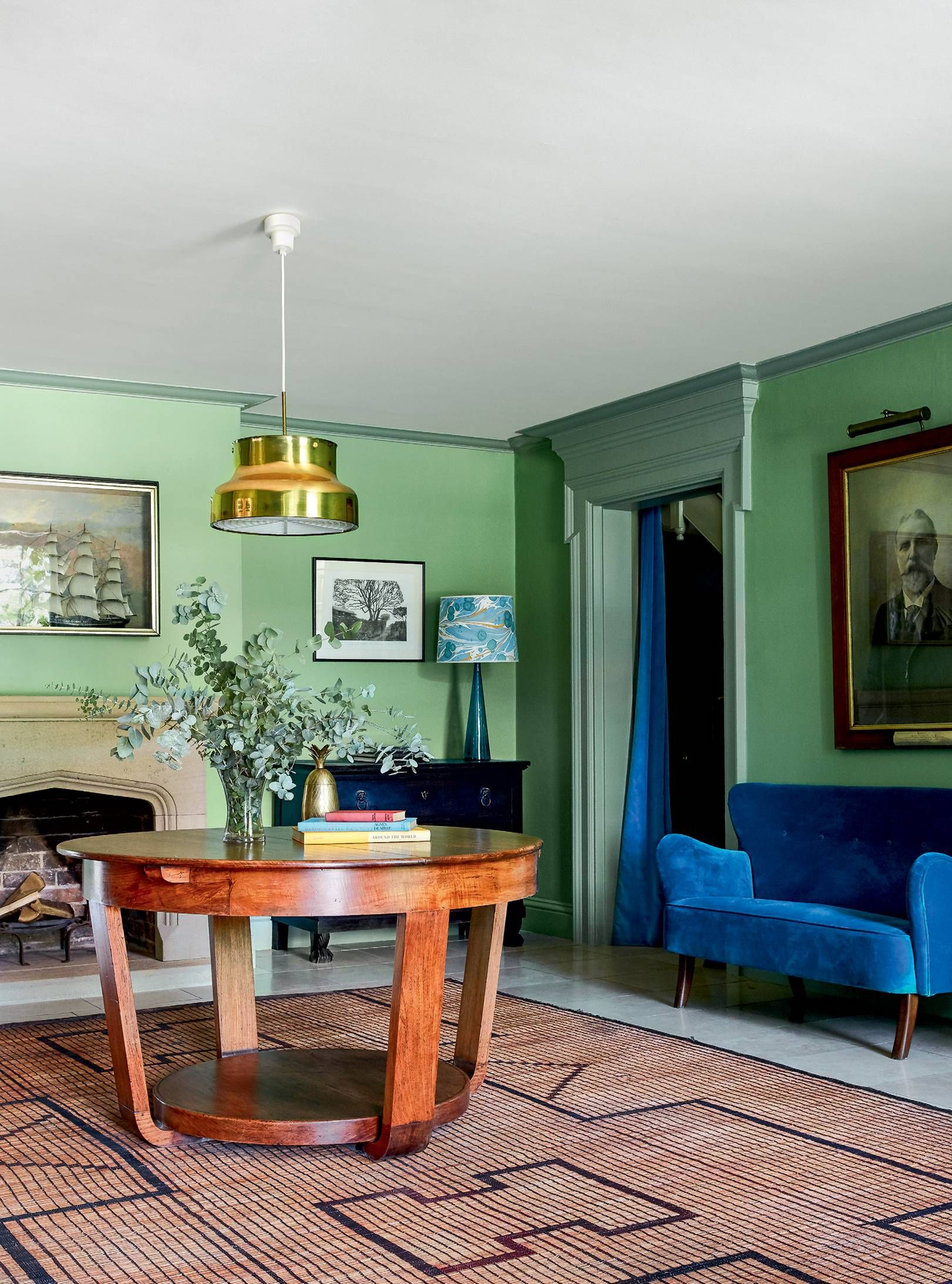 Top Stories Of 2020 A Modern Country House Packed With Unexpected Colour By Nicola Harding Country Modern Home Eclectic Interior Interior Design