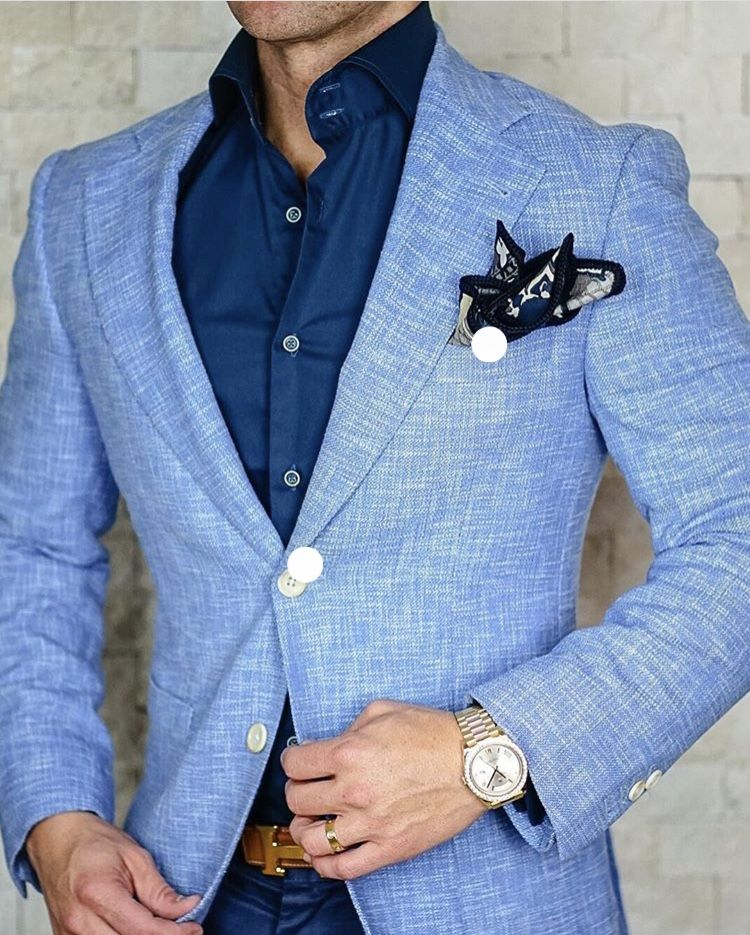 Suited and Layered   Ropa de hombre casual elegante, Ropa