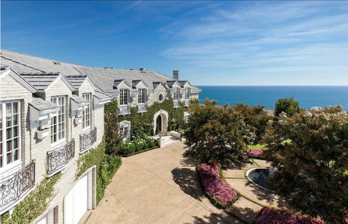 Estate Of The Day 21 9 Million Grand Traditional Mansion In