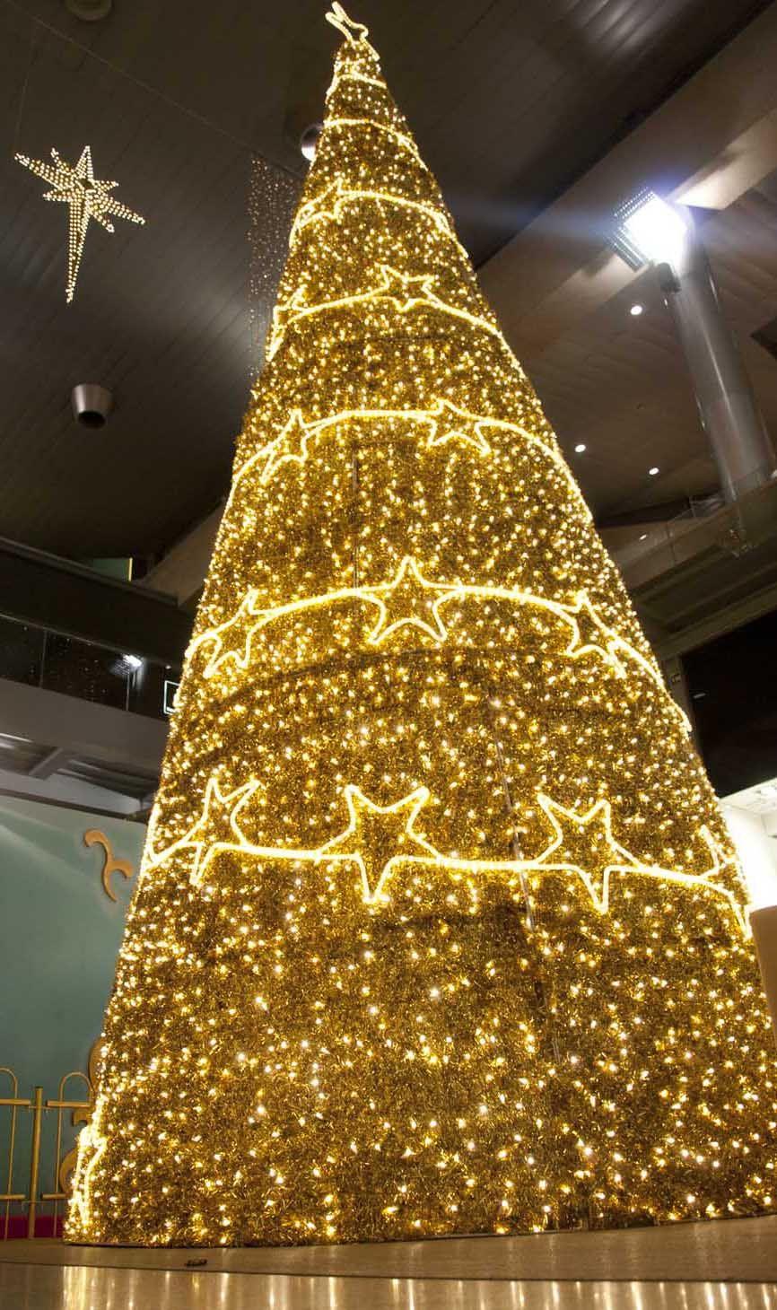 Decoraci n navidad centros comerciales fabregat una for Decoracion navidad