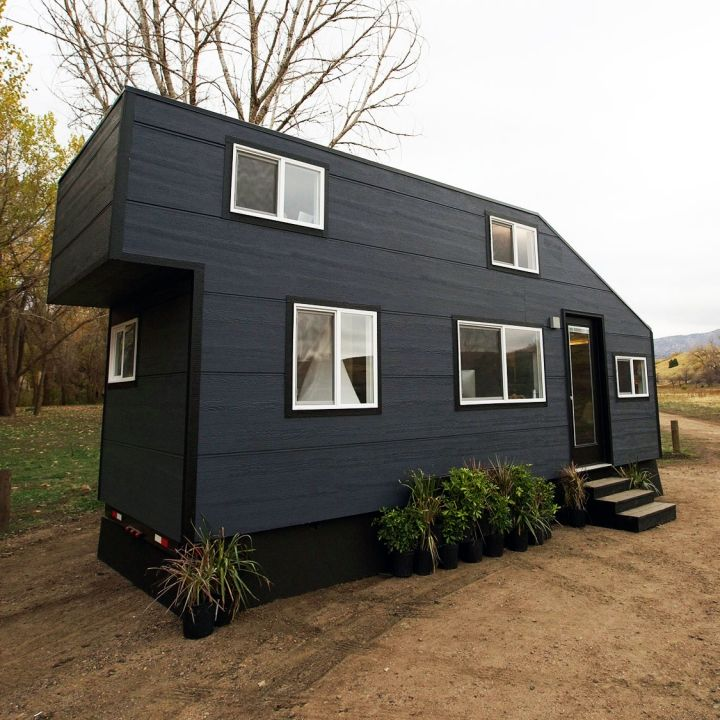 Delightful John And Zack Help A Photo Friendly Family Take Their Work On The Road With  · Tiny House ...